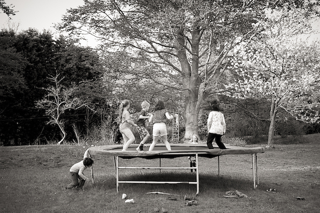 Children on trampoline-1000526.jpg